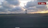 3. Havalimanı 2. pisti araba ile test edeldi!video