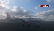 3. Havalimanı'na ilk THY uçağı indi!video
