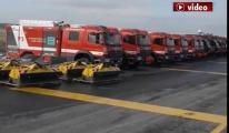 3. Havalimanı'nda itfaiya araçları hazır!video