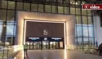 3. Havalimanı'nda cam kapı testi!video