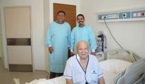 80 Yaşındaki Erkan Dede'ye Kök Hücre Nakli