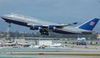 ABD'de yolcu uçağı zorunlu iniş yaptı