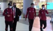 A Milli Futbol Takımı, yurda döndü #video