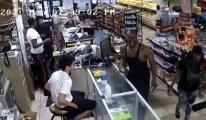 ABD'de polis tarafından öldürülen George Floyd#video
