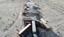 ABD'de yük trenine ait 44 vagon raydan çıktı