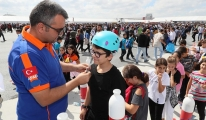 AFAD, Teknofest'te gençlerin heyecanını paylaşıyor