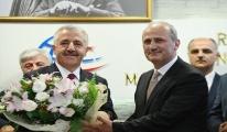 Ahmet Arslan görevini Cahit Turan'a devretti
