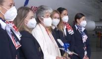 Air Nostrum kadın kaptan pilotun adını yolcu uçağına verdi(video)