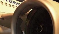 Airbus A330 Tipi Uçağın Motoru Havada Patladı
