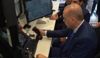 AKINCI TİHA kontrol masasının başına ilk Cumhurbaşkanı Erdoğan geçti
