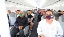 Alanyaspor ve Antalyaspor aynı uçakla İstanbul'a geldi