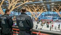 Almanya'da 14 havalimanında güvenlik alarmı!