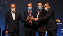 Altın Karınca'dan İBB'ye iki farklı ödül