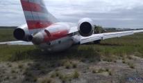 American Eagle'a ait uçak pistten çıktı.