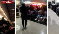 Anadolu Jet Uçağına Kaçak Bindiler!video