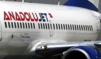 Anadolujet'e ait uçak  faciadan döndü