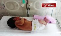Anne, Bebeğini Hastanede Bırakıp Kaçtı