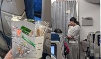 Anne yolcu 'Ağlama Sesi Önleme Kiti' dağıttı!