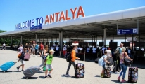 Antalya 8 ayda 5 milyon yabancı turist ağırladı!