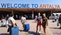 Antalya'da turist sayısı 1 milyonu geçti