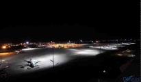 Antalya Havalimanı'nda Uçak pistte kaldı.