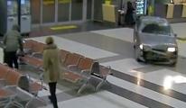 Arabayla Havaalanı Turu Attı!