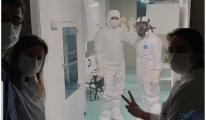 Aşı üretimi için son hazırlıklarımızı yaptık ve içeri girdik.
