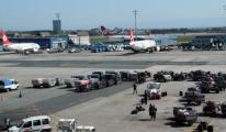 Atatürk Havalimanı 20 Dakika Hava Trafiğine Kapatıldı