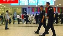 Atatürk Havalimanı İç Hatlar terminali Allah'a emanet