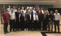 Atatürk Havalimanı'na  yemekli veda ettiler!