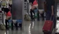 Atatürk Havalimanında Herkesin İçinde Tuvaletini Yaptı