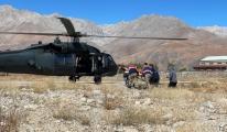 Ayı saldırısında yaralanan çobana askeri helikopterle sevk