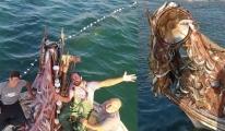 Balıkçı, 15 bin tane lüfer yakaladı #video