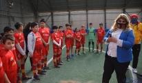 Başkan Gözbaşı, geleceğin futbolcularıyla buluştu(video)