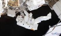 Batarya değişimi için astronotlar uzay yürüyüşüne çıktı