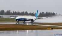 video Boeing 777X'in ilk uçuşu canlı saat 09:25 PST'de