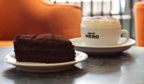 Caffe Nero'dan Kat Kat Çikolatalı Kek