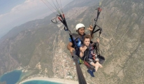 Yamaç Paraşütü ile İngiliz turist keyif Yaptı