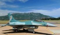 Cava adasında sahura savaş uçakları kaldırıyor!