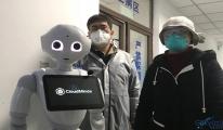 Çin'de durumu hafif hastaları robotlar tedavi ediyor