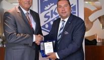 Corendon Airlines, İzmir Uçuşlarını Skal Üyelerine Tanıttı