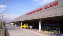 Sun Ekspres uçağı Diyarbakır'a iniş yapamadı