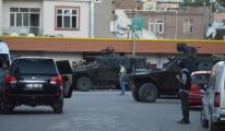 Diyarbakır'da Polis İle Teröristler Çatıştı: 3 Şehit, 2 Yaralı