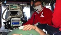 Doktor; Helikopterde görevini tutkuyla sürdürüyor(video)