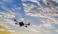 Dronlar Uçakları Şaşırttı!