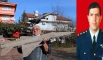 Düşen savaş uçağının maketini yaptı (video)