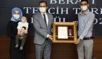 Elazığ'da şehit yakınları ve gazilere 'Devlet Övünç Madalyası' verildi