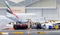 Emirates Uçağı Dubai'ye İnişde Alev Alev Yandı