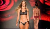 En Sıcak Bikini 2020 Miami Swim Week'ten Öne Çıkanlar