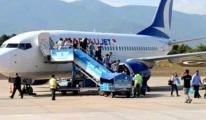 Engelli çocuğa havaalanında skandal muamele